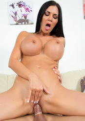Jasmine Jae Looks Sexy With Cum On Her Face